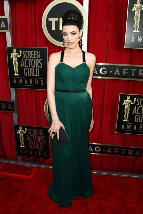 todas_las_fotos_de_la_alfombra_roja_de_los_screen_actors_guild_awards_2013_45280965_800x1200