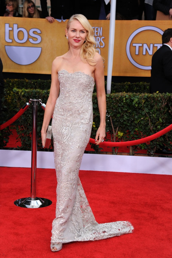 todas_las_fotos_de_la_alfombra_roja_de_los_screen_actors_guild_awards_2013_853504538_800x1200