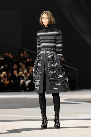 chanel-fall-winter-2013-14-ready-to-wear-looks-15
