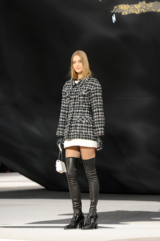 chanel-fall-winter-2013-14-ready-to-wear-looks-16