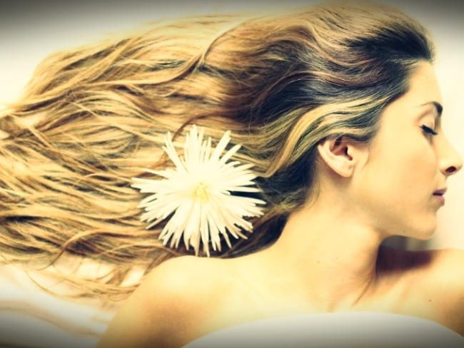 mujer_cabello_largo_1