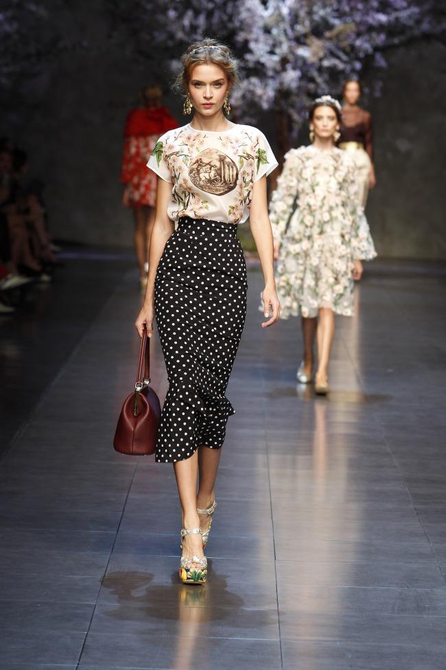 dolce-and-gabbana-ss-2014-women-fashion-show-runway-15
